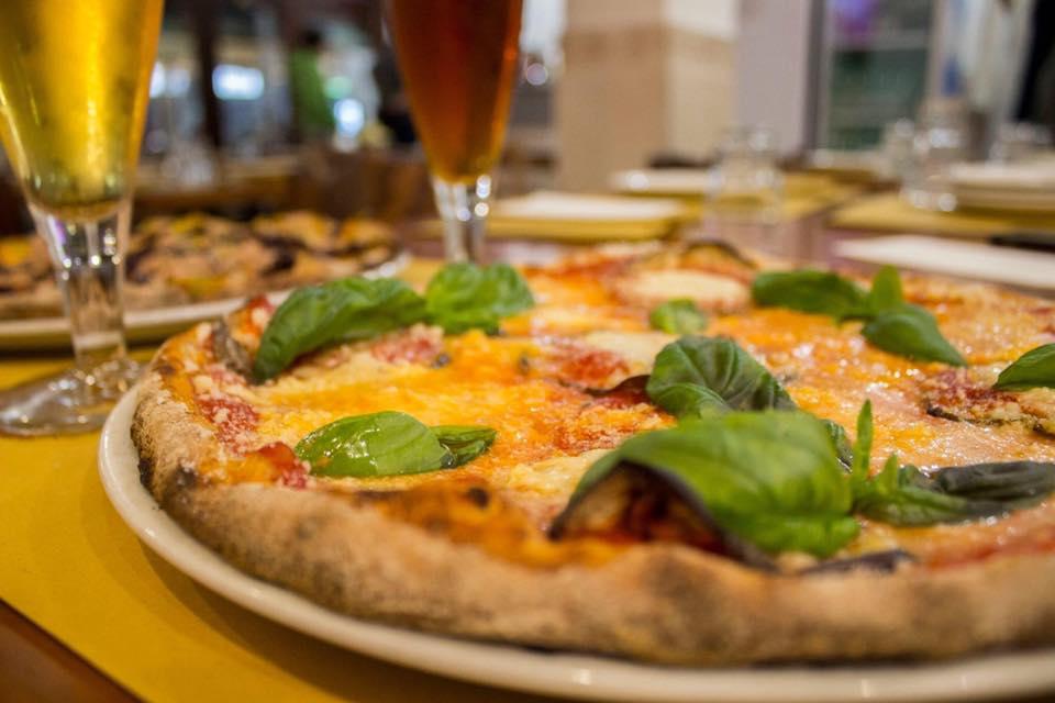 X Large Pizzeria Appio Claudio